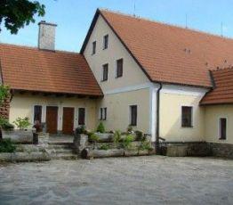 Karasín 3, Bystrica nad Pernstejn, Ubytování Na Hájence