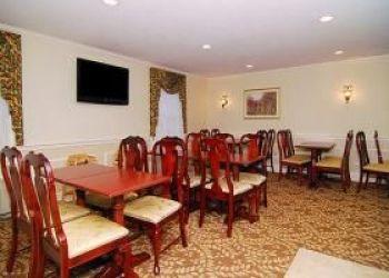 Hotel Stoneville, 426 Southbridge St, Comfort Inn Auburn