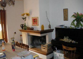 3 bedroom apartment Ascoli Piceno, Largo dei Fiordalisi, Fausto: I have a room