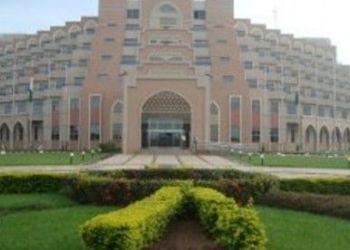 Albergo Yamoussoukro, Quartier Millonaires, Hotel des Parlementaires