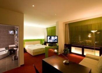 Hotel Hartberg, Grazer Straße 18, Hotel-Restaurant-Vinothek Pusswald