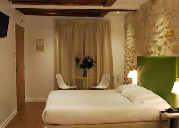 Hotel Paris, 20 Rue Saint Antoine, Hotel De la Herse d'Or*