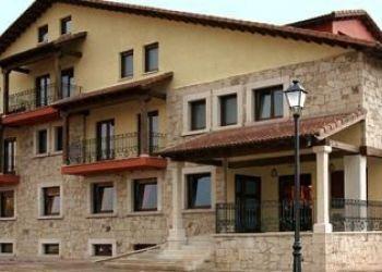 Hotel Navarredonda de Gredos, Ctra. AV 941, Km 12, Hotel Garabatos