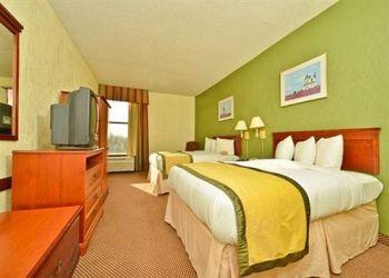 828 Mercury Dr, 77013 Houston, Hotel Baymont Inn & Suites Houston I-10 East**