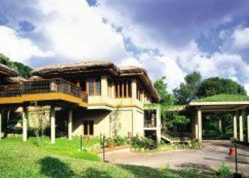 Hotel Thekkady, Amalambika Rd, Club Mahindra Resort