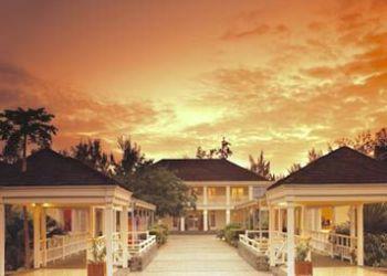 Hotel Bernica-les Bas, L'HERMITAGE, 28 RUE-DU-LAGON, 97434 SAINT GILLES, LES BAINS REUNION ISLAND, Villas Du Lagon