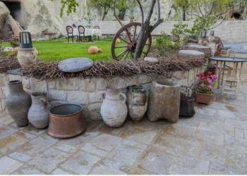 Eski Mah. Dere Sok. No:24-26, 50650 Lamont, Queen's Cave Cappadocia