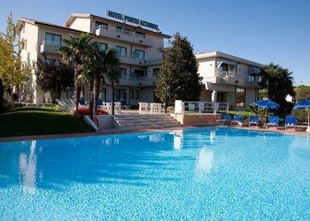 Via Salvo D Acquisto 2/4, 25019 Sirmione, Hotel Porto Azzurro***