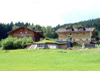 Hinterviechtach 3, 94262 Kollnburg, Berghütte Zum Pröller