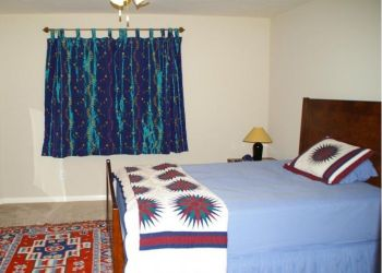 Brand Lane and Ludwig, Sugar Land/Fort Bend, South / SW Houston, Agnes: I have a room