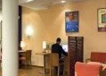 Hotel Nanterre, Ibis Paris Porte de Clichy Centre 2*