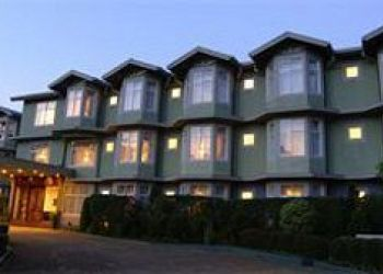 Upper Lake Road, 22200 Nuwara Eliya, Hotel Galway Forest Lodge***