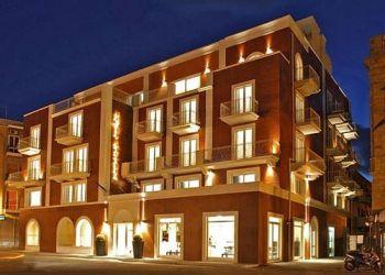 Corso Battellieri, 26,, 9014 Carloforte, Hotel Riviera