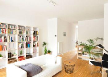 3 bedroom apartment Geneve, Rue des Grottes, 1201 Geneve, Justine: I have a room