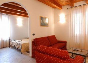 Pension Levanto, Localita Dosso, Bed and Breakfast L' Antico Borgo