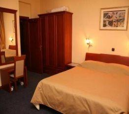21. Novembra 27, 85320 Tivat, Hotel Montenegrino