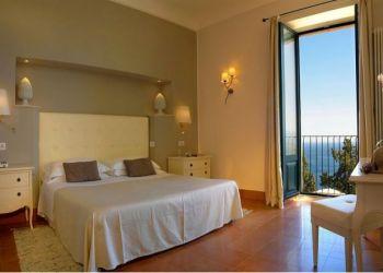 Hotel Taormina, Via Bagnoli Croce 79, Hotel Villa Belvedere***