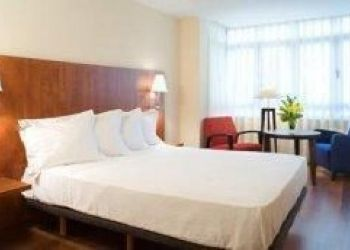 Calle Doctor Aquilino Hurle, 31, 33202 Gijon, Hotel Arena***