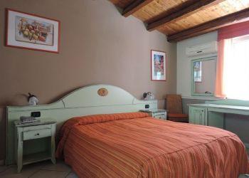 Hotel Bagheria, Corso Baldassare Scaduto 9/11, Hotel Villa Scaduto Residence - Club House****