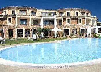 Viale Concas Caddinas, I-07020 Golfo Aranci, Hotel Residence Baja Caddinas***