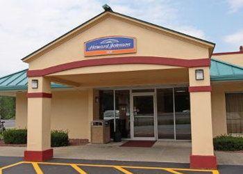 2764 Route 32, Saugerties, Howard Johnson Inn