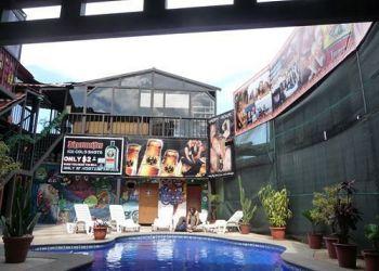 Auberge San Jose, Sobre Avenida 7, Calle 3-5,, Hostel Pangea