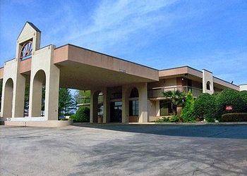 Hotel Georgia, 6 Herring Rd, Motel 6 Newnan