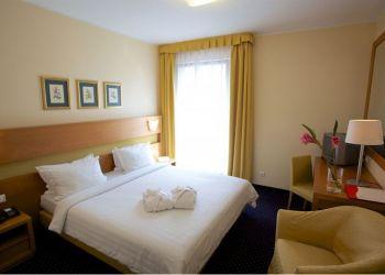 Hotel Tallinn, Pohja pst 21b, Hotel Domina Ilmarine***