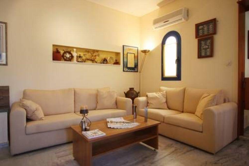 Hotel Palazzo, Coastal road, 23056 Archangelos