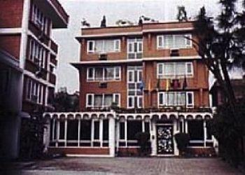 Hotel Bhopal, 211, Zone-I, Maharana Pratap Nagar, Hotel Nisarga