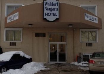 795 Rainbow Blvd, 14303 Niagara Falls, Hotel Super 8 Niagara Falls**