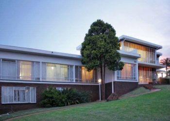 House Erasmusrand , Pretoria East, Weanhuiskrans, Jacques: I have a room