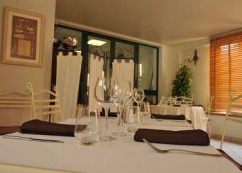 Hotel Ghisonaccia, Avenue du 9 septembre, Franceschini