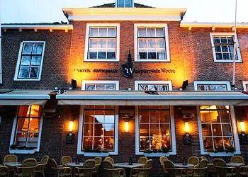 Hotel Veere, Markt 23-27, Hotel 't Waepen van Veere***