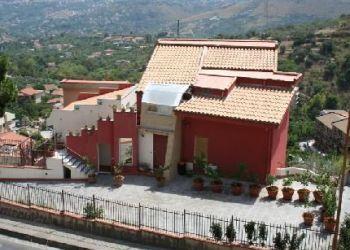Pension Monreale, Via Pietro Novelli 297, Bed and Breakfast La Casa Rossa