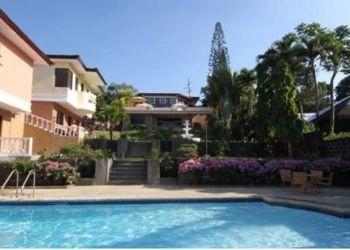 Hotel Tagaytay, 301 Sta. Rosa Road, Villa Marinelli Bed & Breakfast