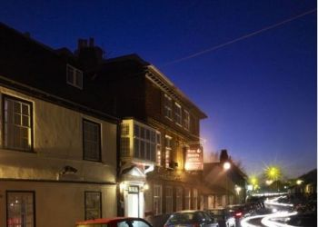 Hotel Staines, 29 The Hythe, Hotel The Anne Boleyn***