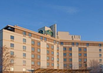 Hotel Massachusetts, 23 Cummings St, La Quinta Inn & Suites