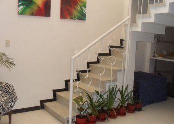 3 bedroom apartment Chapinero, CRA 11 NO 67, Eduardo: I have a room