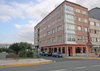 Hotel Narón, Estrada de Castilla  832, Kensington