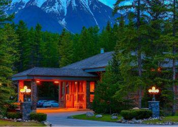 Hotel Lake Louise, 101 Village Road, Aparthotel Mountaineer Lodge***