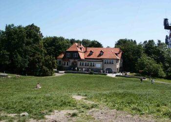 55-050  Sobótka, Dom Turysty na Ślęży