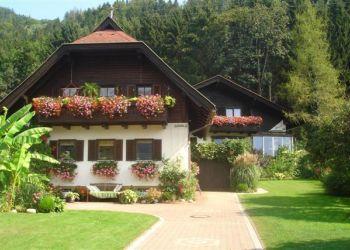 Ferienhaus Ossiach, Ostriach 102, Gästehaus  Strauß