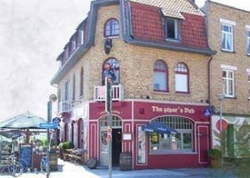 Pension Middelkerke, Badenlaan 91,, Bed and Breakfast The Pipers pub***