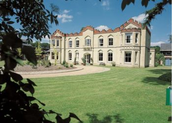 Hotel High Wycombe, Four Ashes Road, Hotel De Vere Venues Uplands