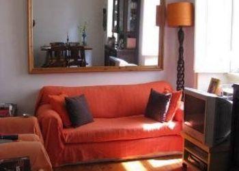 2 bedroom apartment Graça, Calçadinha do Tijolo, Maria: I have a room