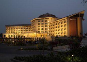 Albergo Dhaka, Airport Road,, Hotel Radisson Water Garden****