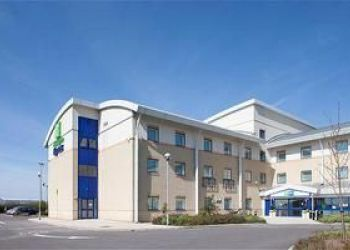 Hotel Llangan, Port Road, Rhoose, CF62 3BT, Cardiff, United Kingdom, Holiday Inn Express Cardiff Airport