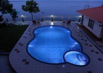Hotel Kumarakom, Varanam, Shimpos Lake Bounty Resorts