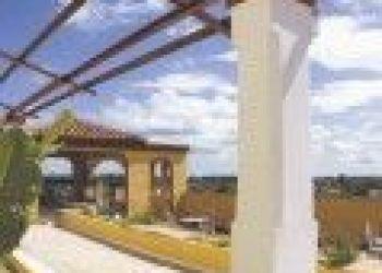Martí No. 100 esq. a Cespedes, Niquero, Islazul Niquero 2*